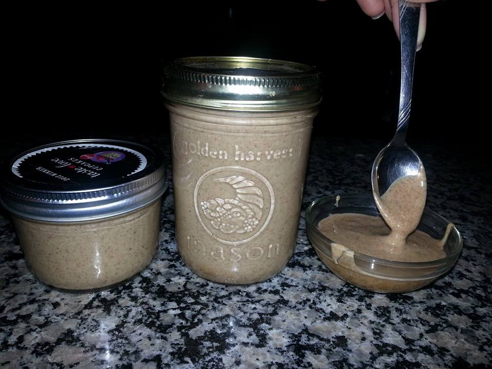 How to Make Raw Almond Butter | Vitamix vs. Food Processor